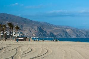 ¿Deseas vivir sin estrés? Aprende esta Semana Santa en la serenidad de Roquetas de Mar (Almería)