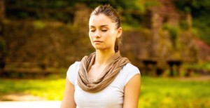 meditating_girl_bench